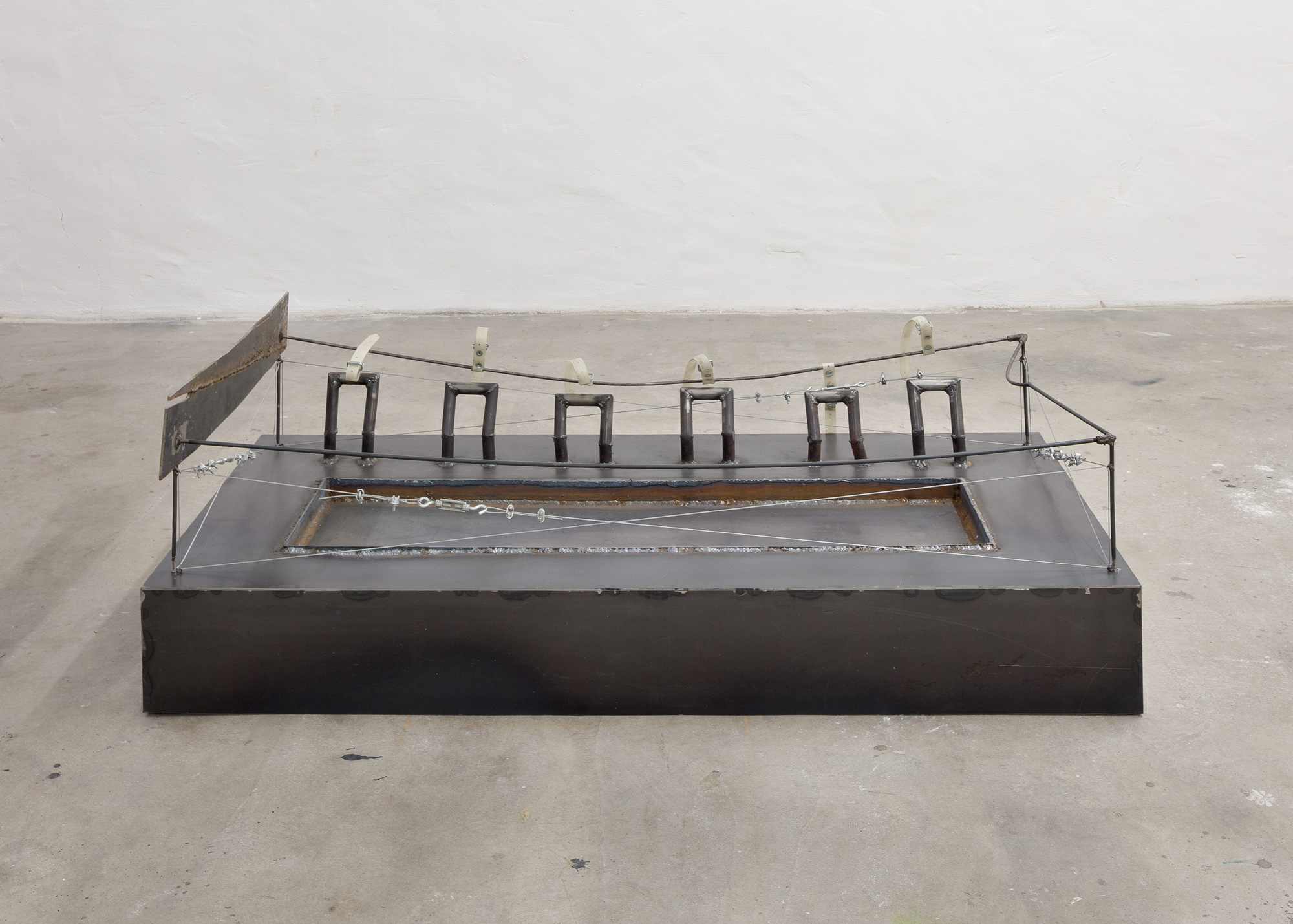 alone (white) │ metal, plastic │ 2016 │ 46cm x 143cm x 64cm