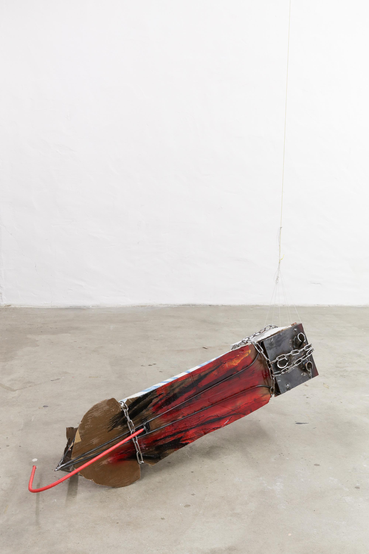 PENTAN │ metal, plastic, wood, cardboard, fabric, acrylic paint │ 2019 │ 40cm x 35cm x 120cm