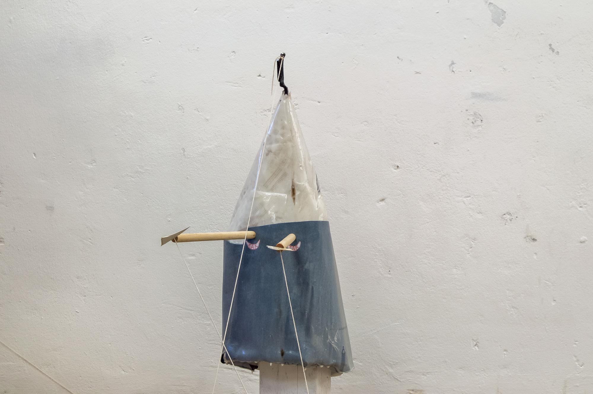 OP │ metal, wood, plastic, cardboard, paper, fabric │ 2019 │ 100cm x 210cm x 40cm